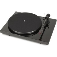 Pro-Ject Debut Carbon DC (Piano Black)