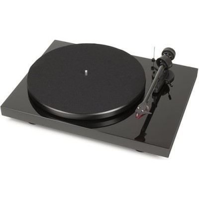 Pro-Ject Debut Carbon DC (Piano Black)