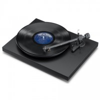 Pro-Ject Debut III Turntable (Matte Black)